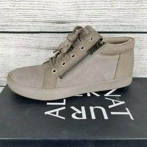 NEW Naturalizer Motley Leather Sneaker Shoes …